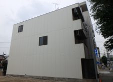ALC3階建て 1面施工